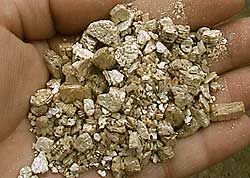 Vermiculite Insulation - www TheHomeInspector com - The